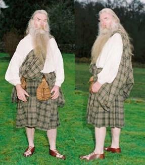How To Wrap A Kilt Like Outlander?